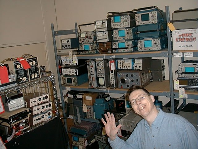 <b>The Service Bench Model Two</b> (2002) : Figure 79 : Dirty hands in the test equipment calibration room. (Ralph VE3XRM) :