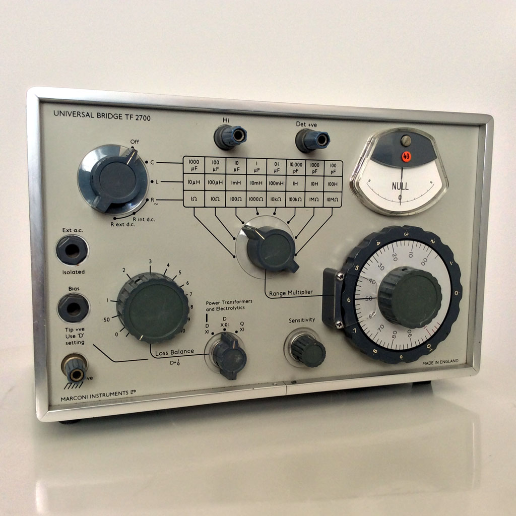 <b>Marconi Instruments Ltd. TF2700</b> : Figure 100 : LCR Test Bridge. Portable battery operated. :