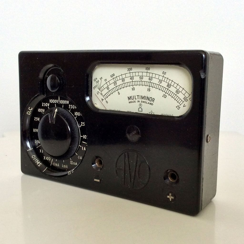 <b>AVO Multiminor Mk.1</b> (1950) : Figure 95 : AVO Multiminor Mk.1 Made in England. Vintage, 1950s meter is fully functional and in very good condition. MMM! Didn`t notice the chip until I saw the photograph. :