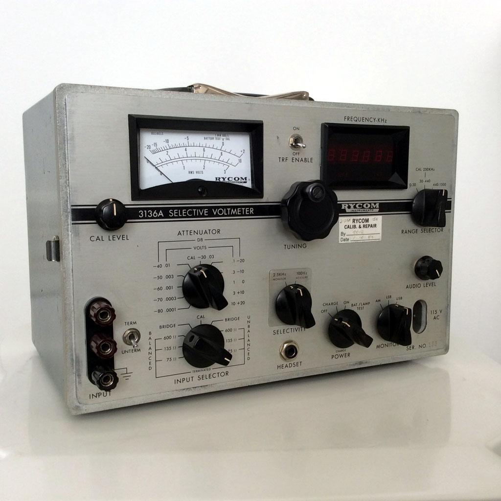<b>Rycom Instruments 3136A</b> (1976) : Figure 99 : Selective Voltmeter. Now used as a VLF beacon reciever. :